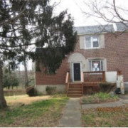 720 S Garfield Ave Glenolden, PA 19036 – 5 Bedroom 3 bathroom end unit brick 1559 Square feet only $84,900 HURRY!